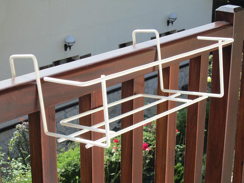 Soporte para jardineras ventanas mesa para la cama for Jardineras para balcones